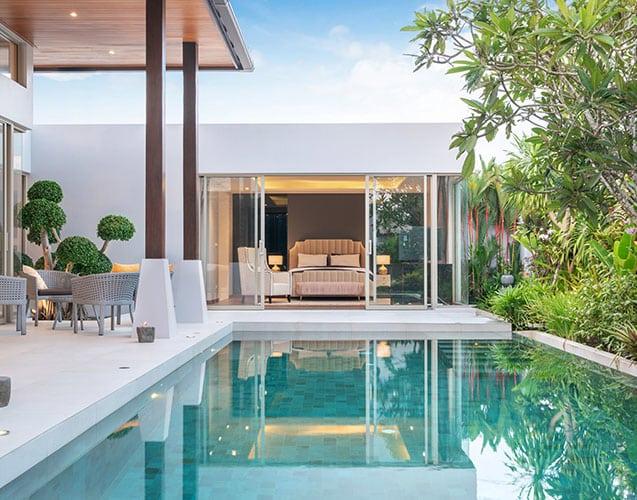 éclairage d'une piscine